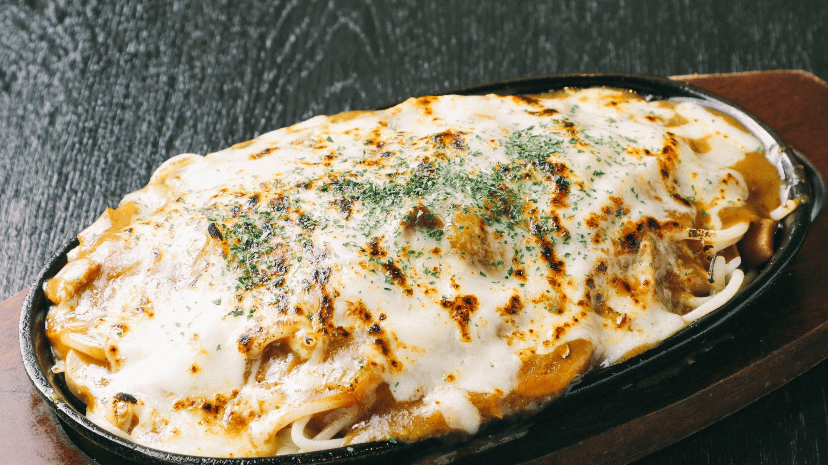 飯田橋名物!焼きチーズカレースパゲティ